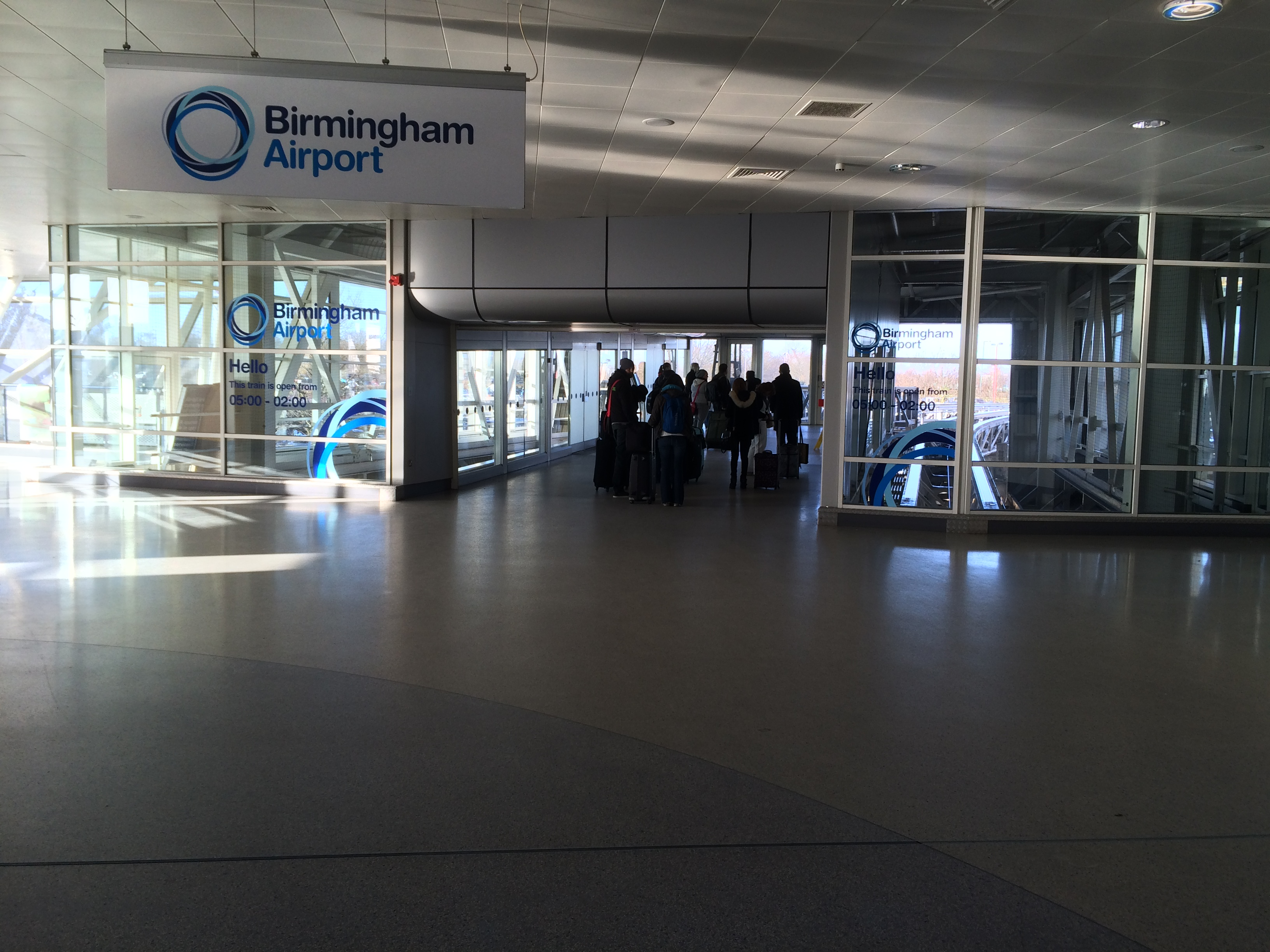 how to get to birmingham airport from london